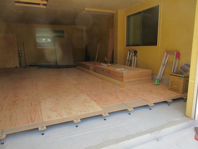 下地床貼り工事
